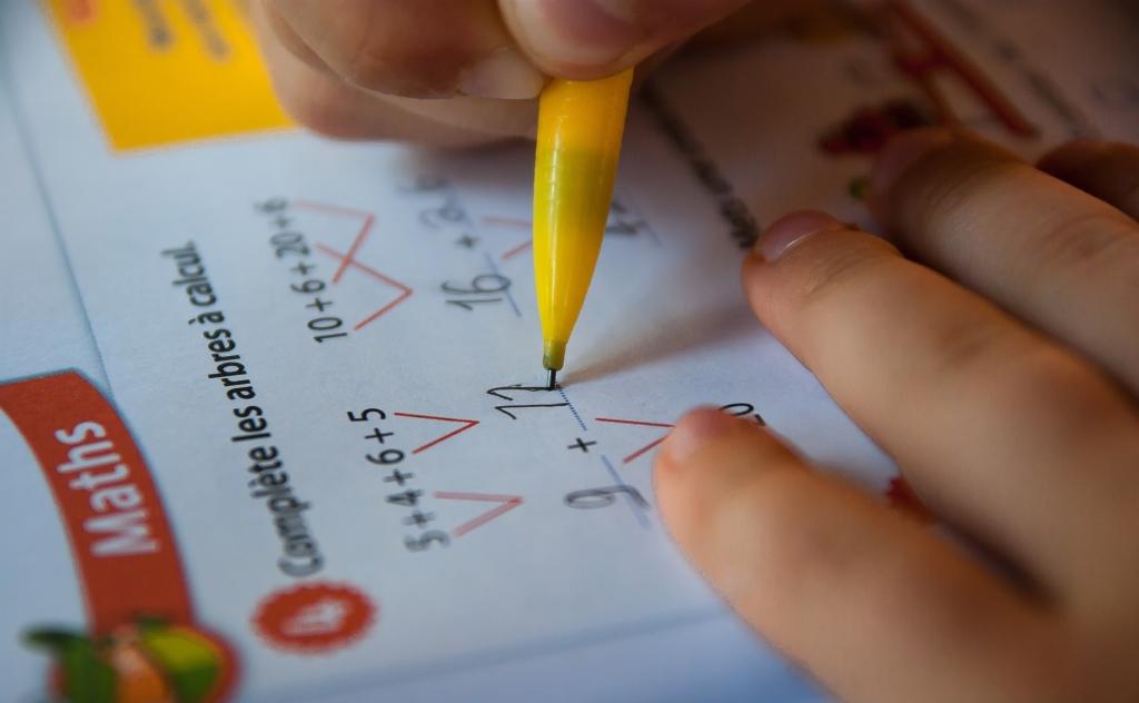 Soutien scolaire Maths Chiffres Dyscalculique Troubles logicomathématiques